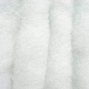 Schneewatte in Zick-Zack-Lagen, schwer entflammbar British Standard, Polyester